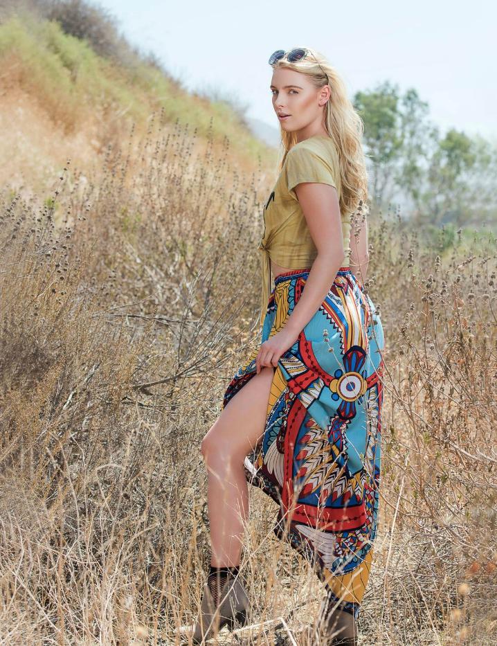 Avant Garde Magazine Models Kara