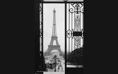 eiffel-tower-through-gates-poster-art-pr