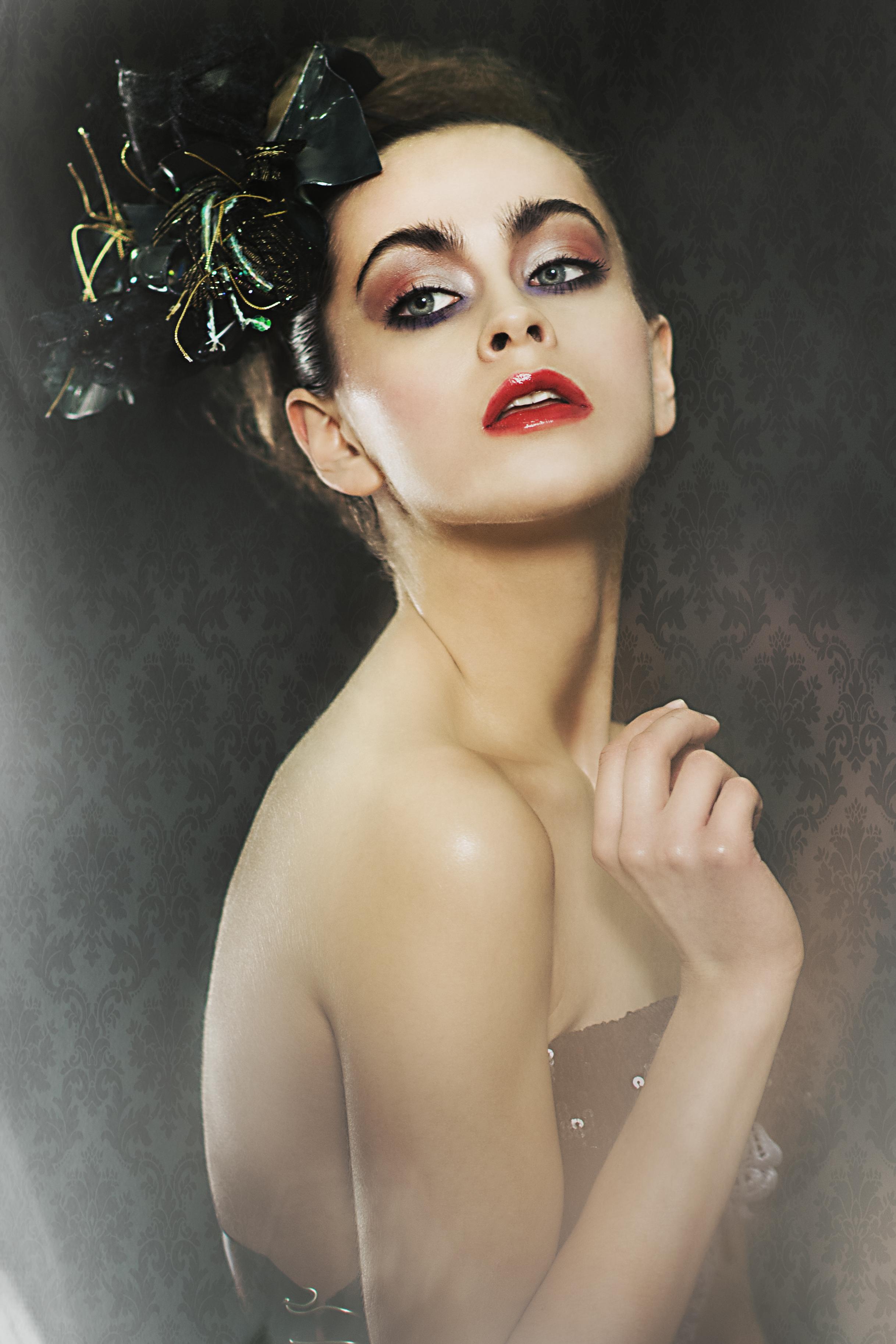 make-up/hair: Gabriela Ganczarska