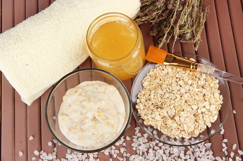 Mel e aveia, produtos para fazer esfoliação caseira