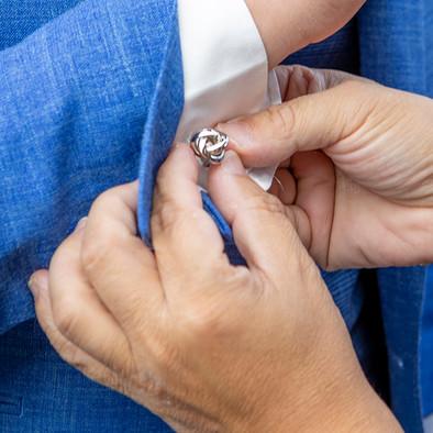 aankleedfoto bruidegom.jpg