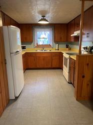 Day Cabin kitchen.jpg