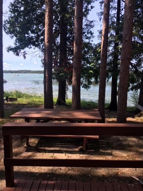 Day picnic table.JPG