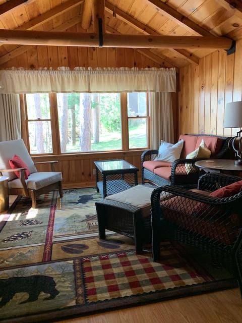 Day Cabin living room.jpg