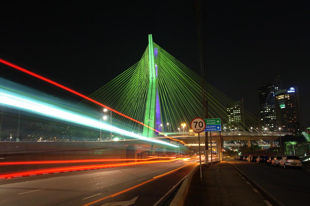 Ponte Estaiada.jpg