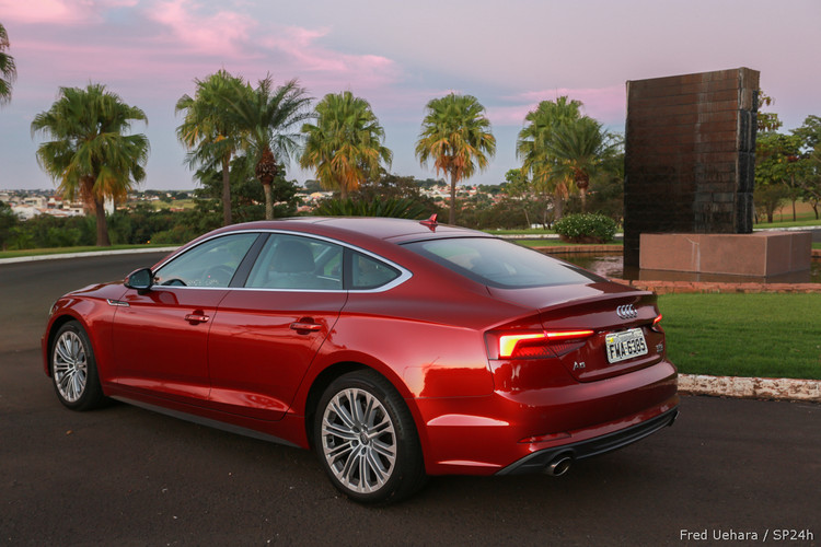 Audi A5 Sportback Ambition Plus (24).jpg