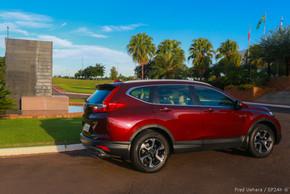 Honda CR-V Touring (2).jpg