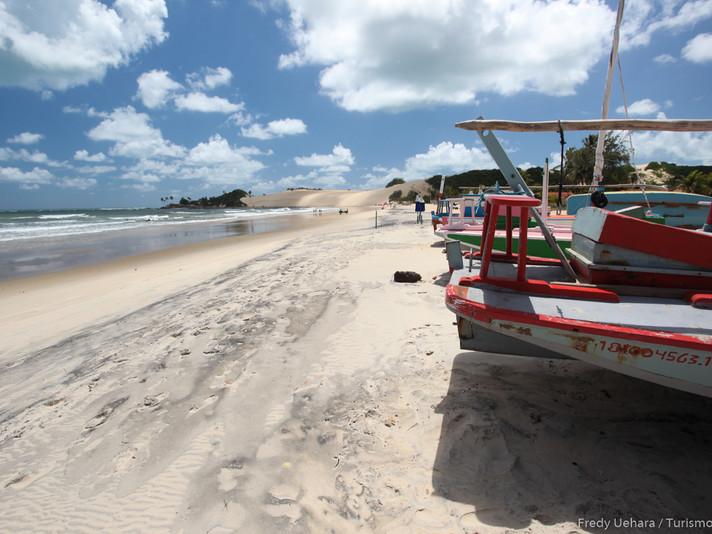 Praia de Genipabu (8).jpg