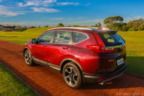 Honda CR-V Touring (16).jpg