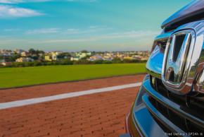 Honda CR-V Touring (15).jpg