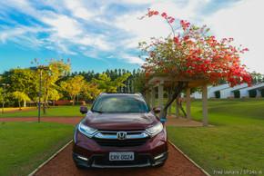 Honda CR-V Touring (28).jpg