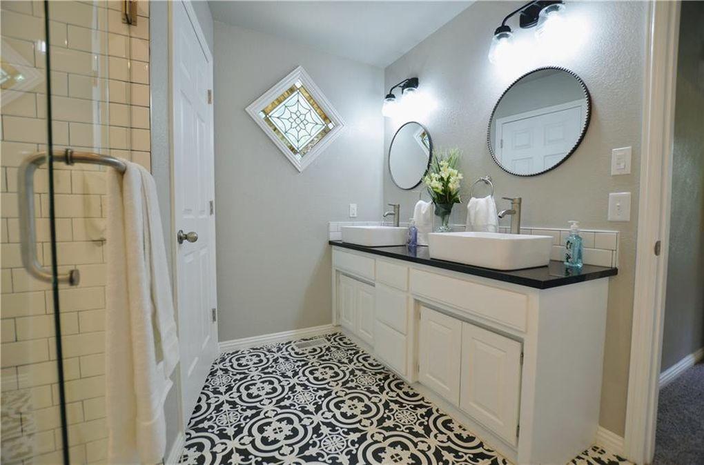 Unique Master Bath