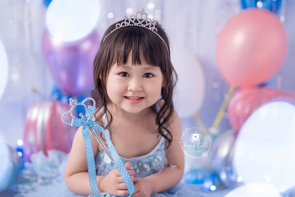 little-fairy-家庭相-造型相-公主相-灰姑娘2.jpg