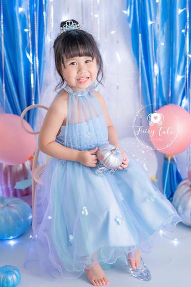 little-fairy-家庭相-造型相-公主相-灰姑娘.jpg