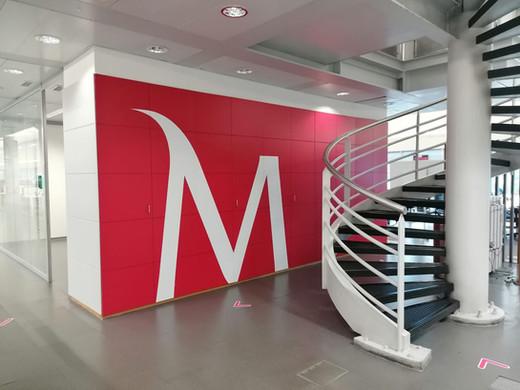 Millennium   Decoração de escritórios