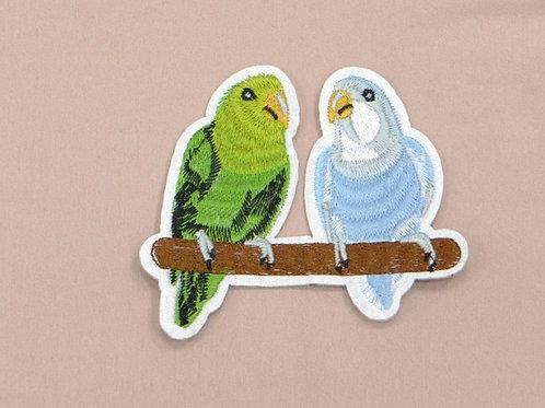 Аппликация клеевая Два попугая
