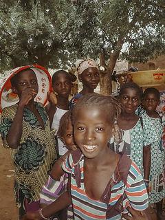 Enfants pres de Sirakoro Mali.jpg