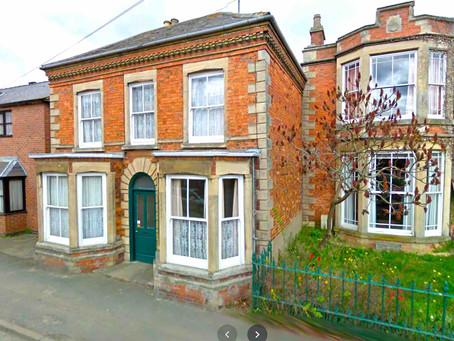 👷🏼♂️【改裝機會】Nottinghamshire NG34・3間雙人房・半獨立屋・£210,000