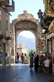 Porta Messina Taormina