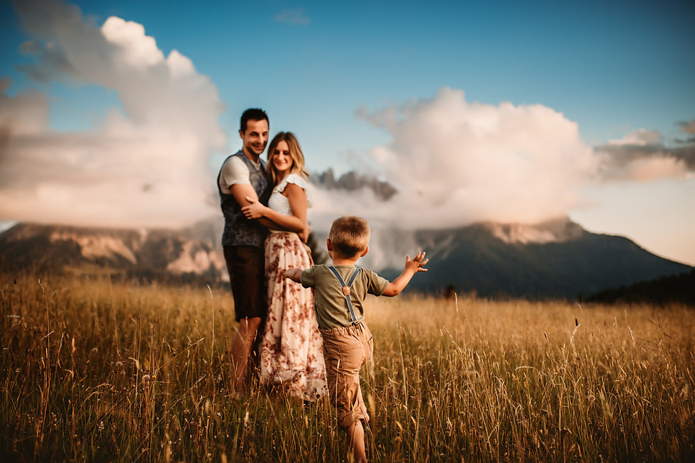 lisarenner-fotograf-südtirol-familienfotografie-outdoor-39.jpg