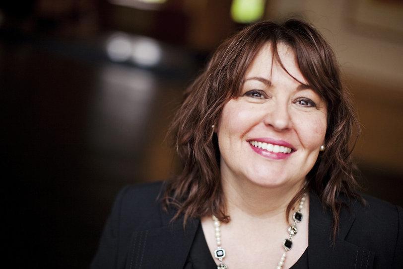 Julie Pinborough - Copyeditor | Proofreader | Copywriter