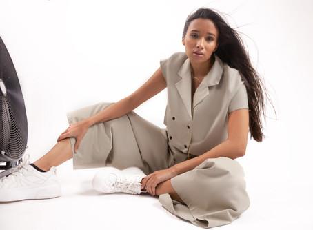Un style minimaliste pour être chic et élégante en toute circonstance!