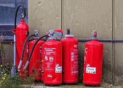 fire-extinguisher-970162_1920.jpg