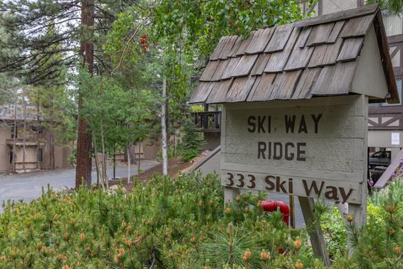 333 Ski Way 281 HIRES_110.jpg
