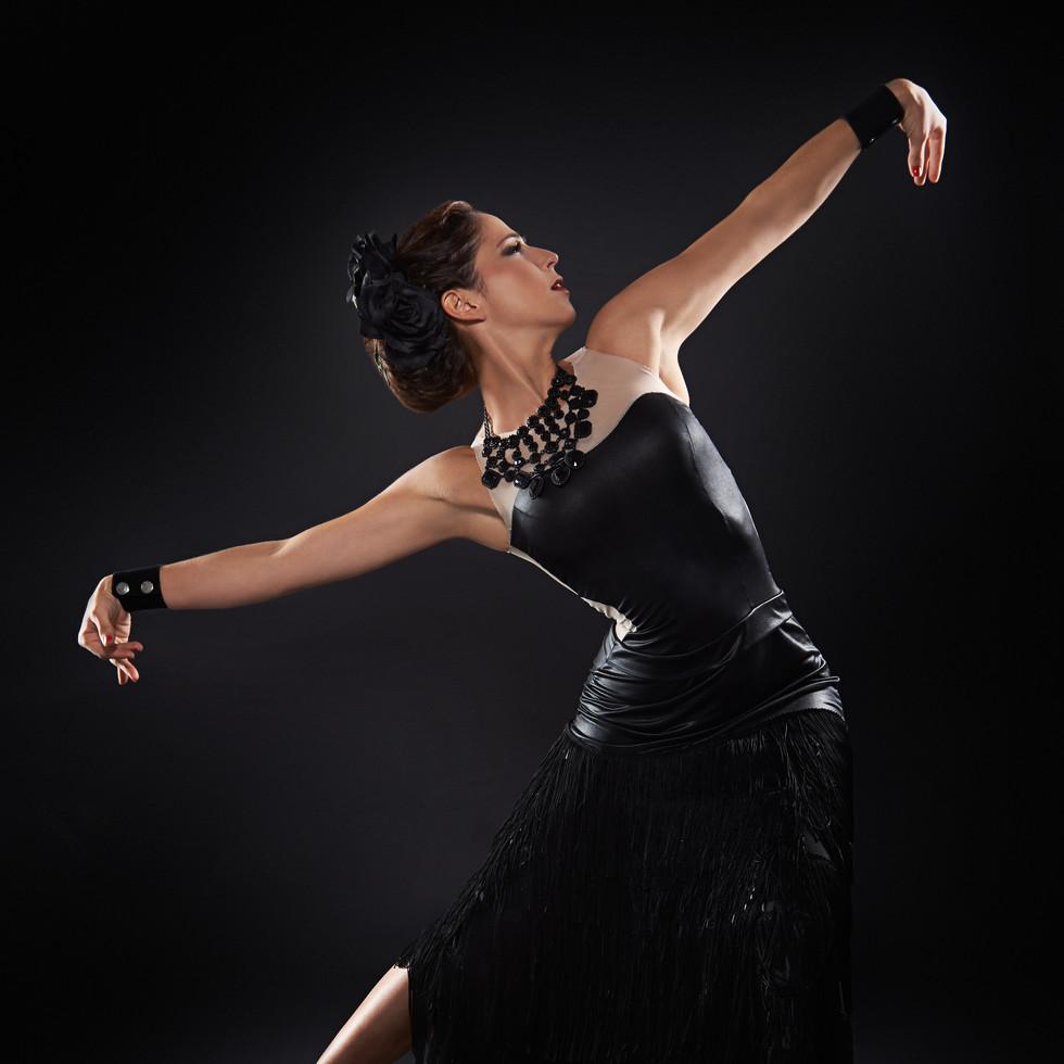 anita flamenco3814R.jpg