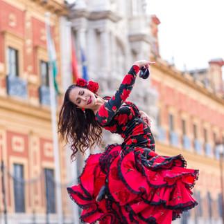 ANITA EN SEVILLA FOTO PACO ROSSO.jpg