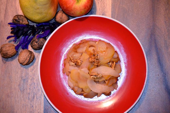 Compote rôtie poires, pommes, noix