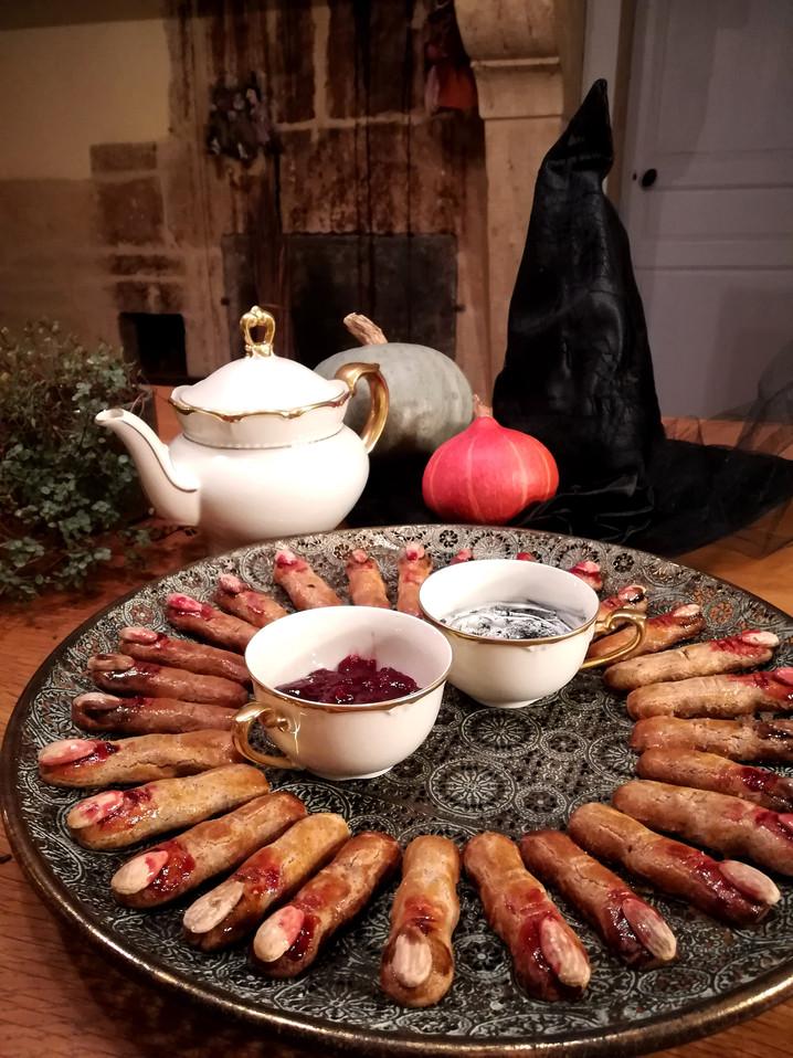 Recette : des Doigts de Sorcière pour Halloween ! Sans gluten et sans produits laitiers.
