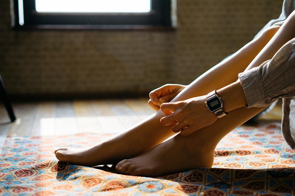 massage et ventouses pour soulager les jambes lourdes
