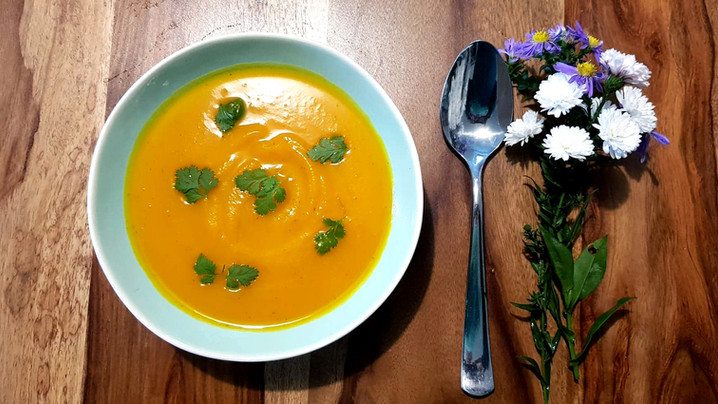 Soupe potimarron, gingembre et coriandre