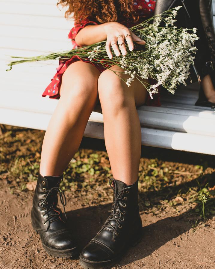 Soulager les jambes lourdes : plantes et huiles essentielles