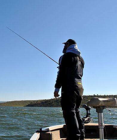 Moniteur Guide Pêche en Espagne Pêche Gros Brochet & gros black bass aux leurres ou à la mouche