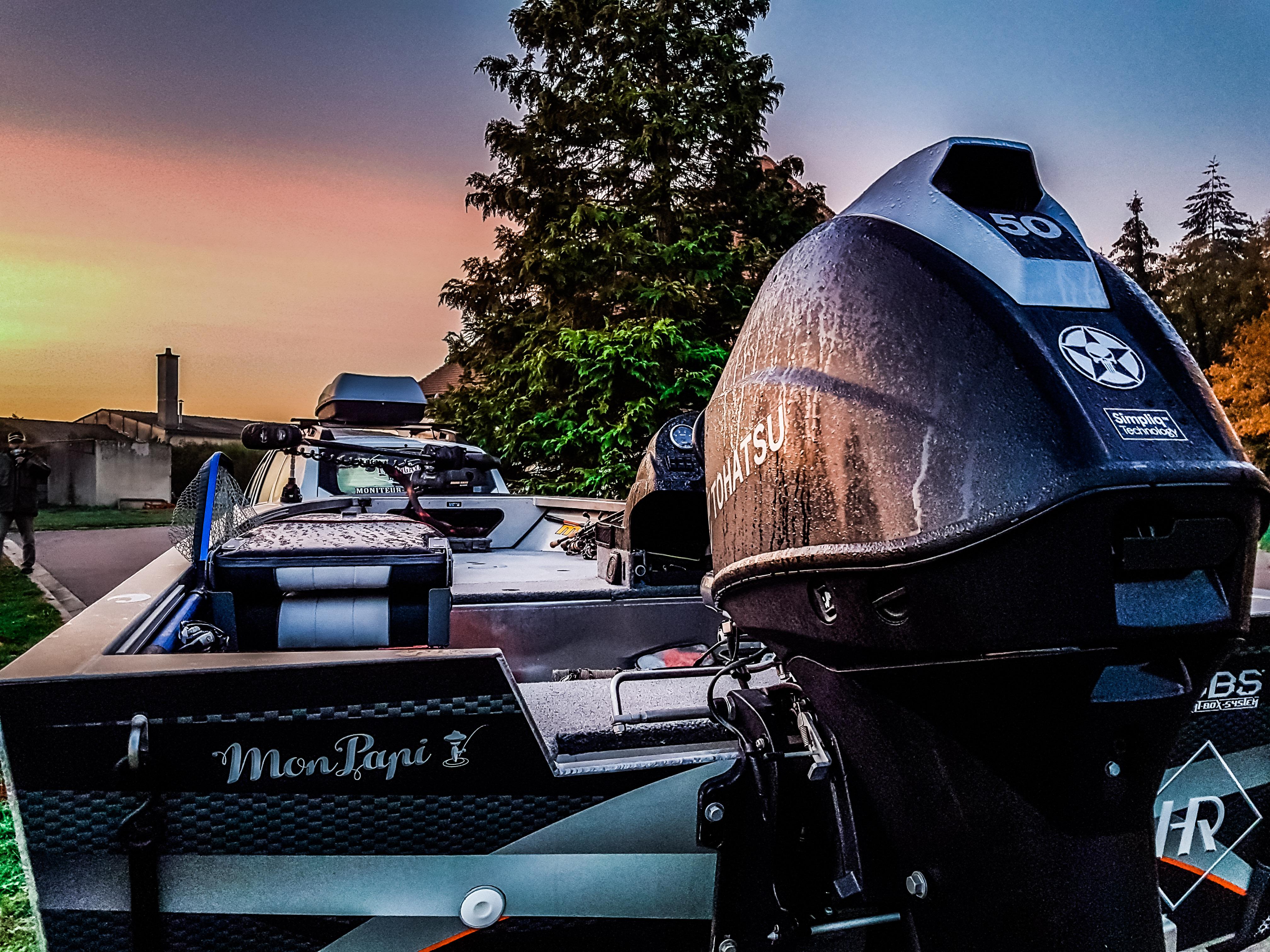 Guide de pêche bass boat lac orient