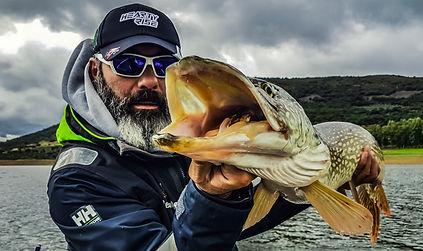 Séjour pêche n estrémadure espagne moniteur guide de pêche fishing aventue