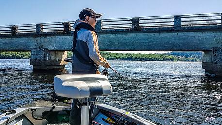 Stage Pêche aux leurres ados Moniteur guide de pêche Haute Vienne