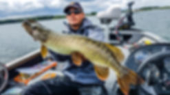 Stage Pêche du brochet en bateau moniteur gude de pêche fishing aventure orient aube 10