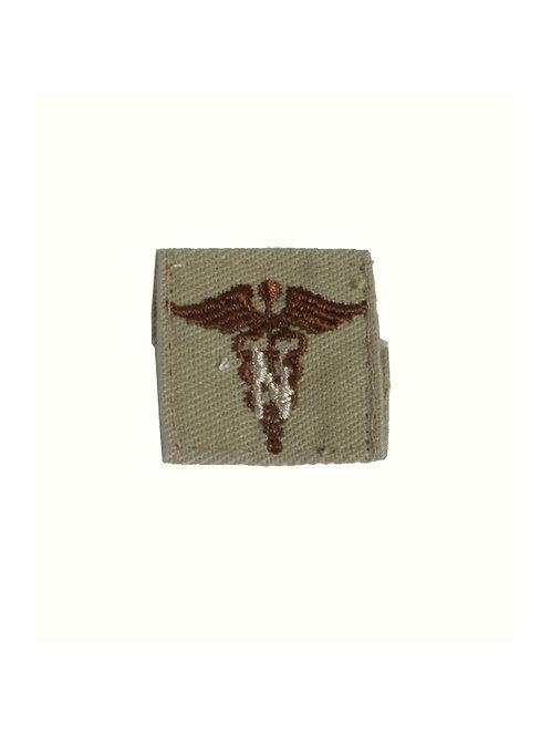 アメリカ軍 襟章 看護兵 カーキ