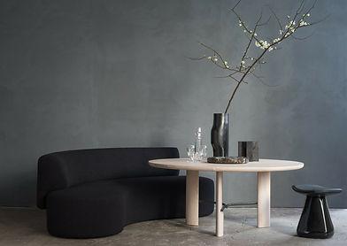 web-HUB-diningtable-LEK-sofa-BOS-vase-KE
