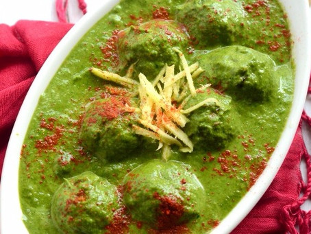 Koftus in Spinach Curry