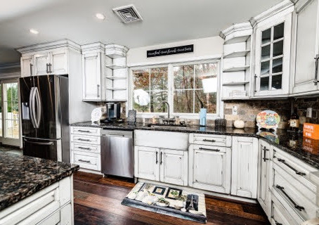INCREASE THE VALUE OF YOUR HOME WITH A KITCHEN RENOVATION