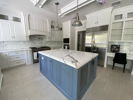 Cabinet Color Trends: Goodbye Gray!