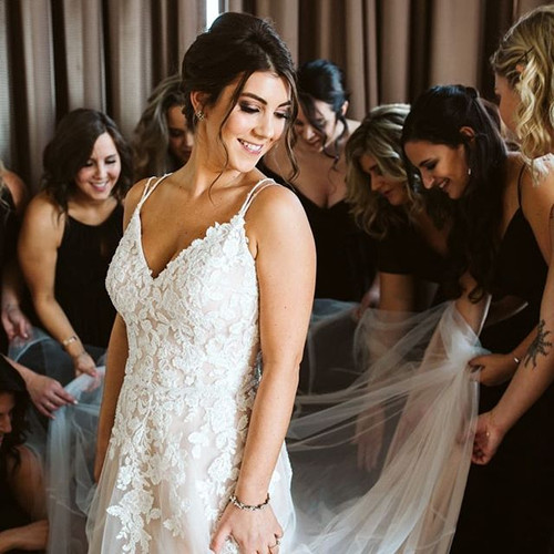 Getting ready is fun on your wedding day