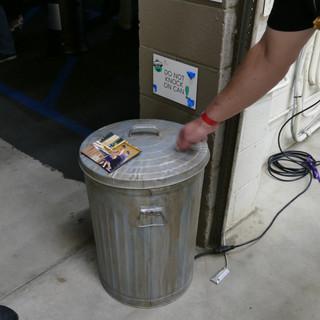 Oscar's Trash Can demo