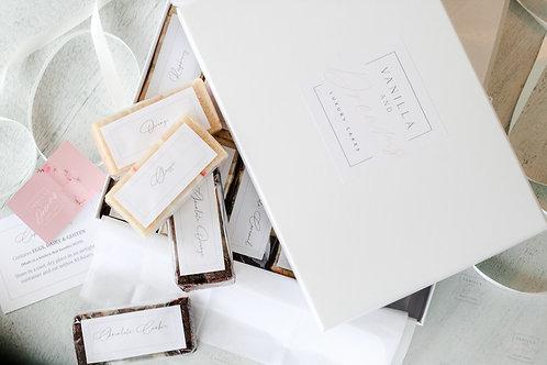 Deluxe Wedding  Cake Box