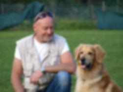 Hundehaltercoach Reinhard Mumper mit Kortis von Arminius