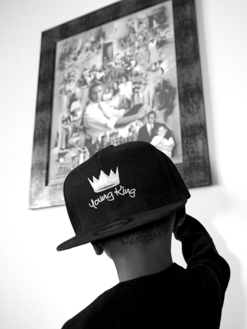 G7 'Young King' Black Cap